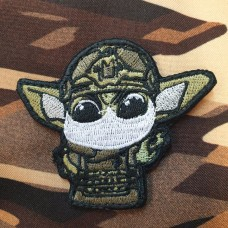 Патч Baby Yoda в масці ))