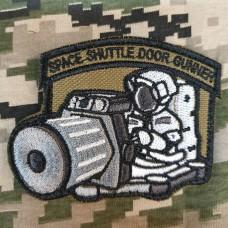 Шеврон Space Shuttle Door Gunner (койот)