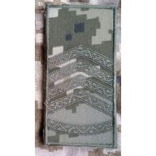 Погони ЗСУ нового зразка СТАРШИНА пиксель ММ14 Універсальний - муфта-липучка