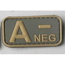 Нашивка группа крови A- neg резина coyot