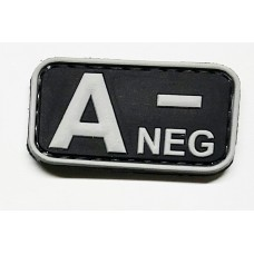 Нашивка группа крови A- neg резина черная