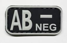 Нашивка группа крови AB- neg резина черная