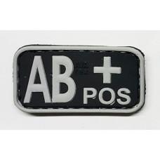Нашивка группа крови AB+ pos резина черная
