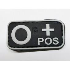 Нашивка группа крови 0+ pos резина черная
