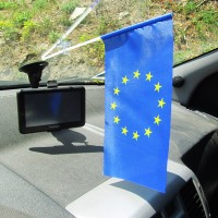Прапорець в авто Євросоюз