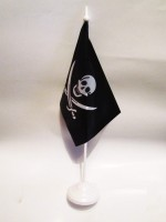 Настільний прапорецьНастільний піратський прапорець з пластиковою підставкою