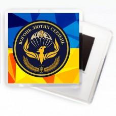 Батальон Феникс магнит на фоне украинского флага