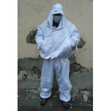 Белый маскировочный костюм